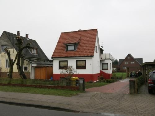 Hamburg-Bramfeld: Grundstücksteilung, Verkauf + Vermietung Einzelhaus (Gewerbe)